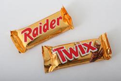 Raider vs. Twix