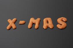 X-MAS auf schwarzem Untergrund