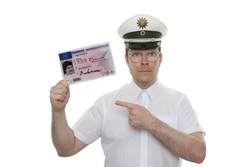 Polizist mit EU-Führerschein